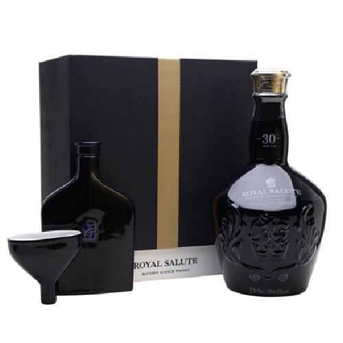 Rượu Whisky Chivas 30Y